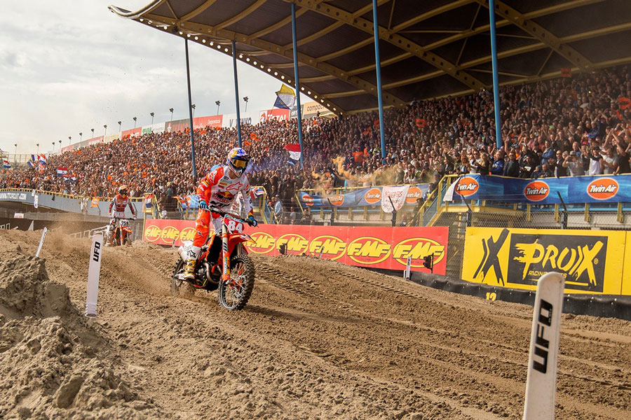 Twin Air Herlings wins 2018 MXGP title